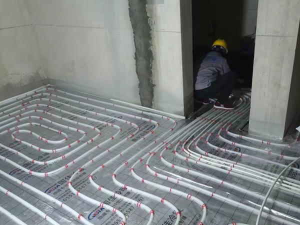 暖气施工现场-3