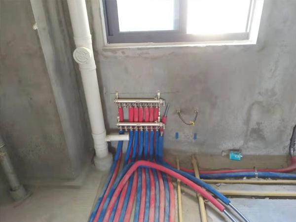 暖气施工现场-1